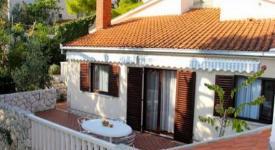 Villa Bok, Okrug Gornji