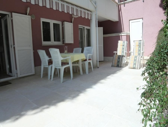 Villa Adrian, Kanfanar